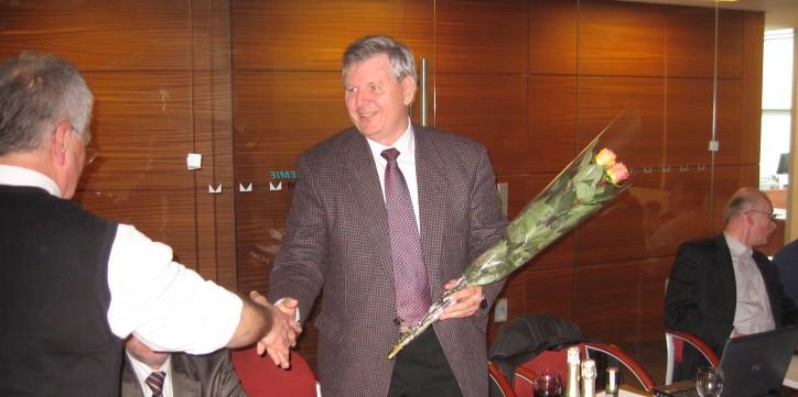 Sveikinimai kolegai A. Revutai.