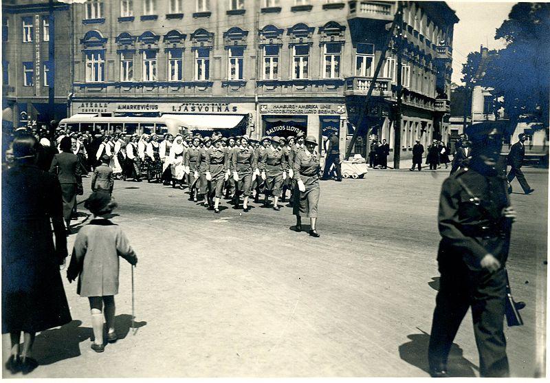 Dainu_svente_1937_eisena_Kaunas